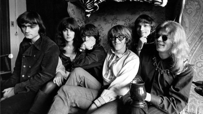 Paul Kantner (center) with Jefferson Airplane